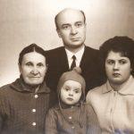 Aura Christi – Cu parintii si bunica Elena Juskov